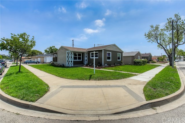 Closed | 13204 Hansworth Avenue Hawthorne, CA 90250 3
