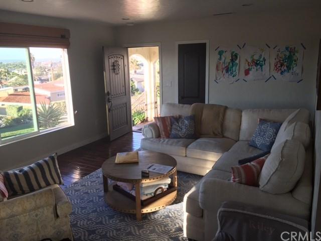 Closed   159 Via Los Miradores Redondo Beach, CA 90277 2