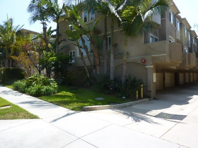 Closed | 320 E Imperial Avenue #3 El Segundo, CA 90245 0