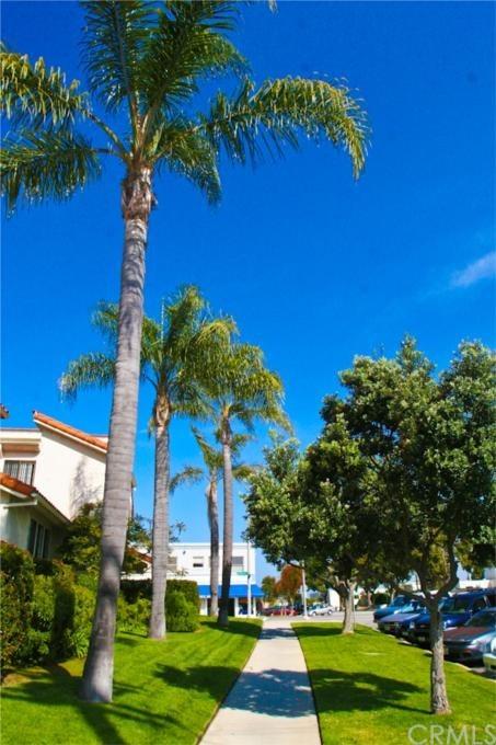 Closed | 231 N Broadway #4 Redondo Beach, CA 90277 0