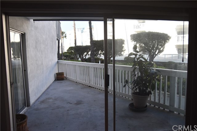 Property for Rent | 620 The Village  #104 Redondo Beach, CA 90277 4