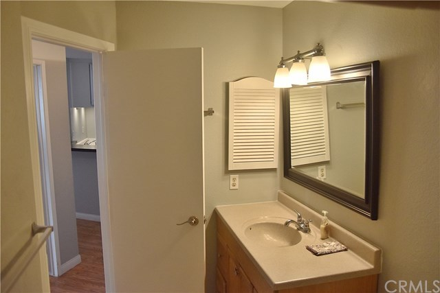 Property for Rent | 620 The Village  #104 Redondo Beach, CA 90277 7