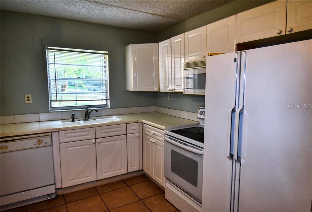 Leased | 2814 SOMERSET PARK DRIVE #103 TAMPA, FL 33613 1