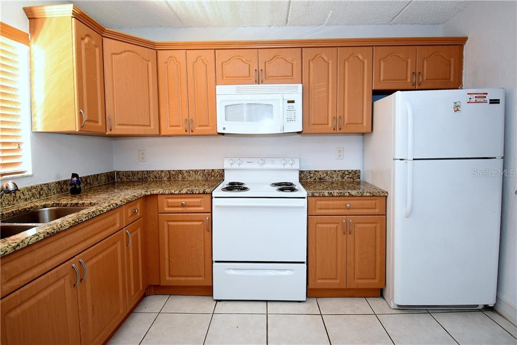 Sold Property | 2845 SOMERSET PARK DRIVE #201 TAMPA, FL 33613 1