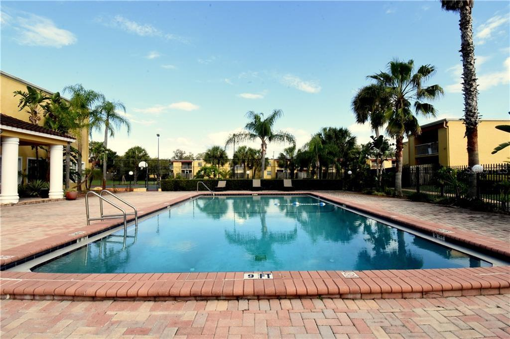 Sold Property | 2845 SOMERSET PARK DRIVE #201 TAMPA, FL 33613 10