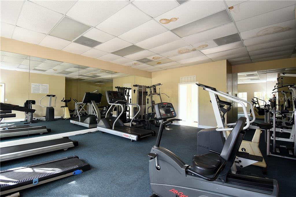 Sold Property | 2845 SOMERSET PARK DRIVE #201 TAMPA, FL 33613 11