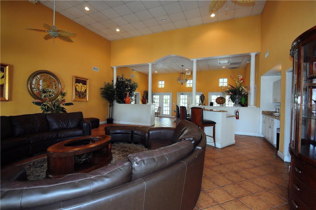 Sold Property | 2845 SOMERSET PARK DRIVE #201 TAMPA, FL 33613 8