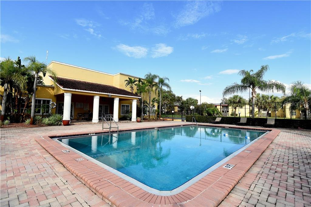Sold Property | 2845 SOMERSET PARK DRIVE #201 TAMPA, FL 33613 9