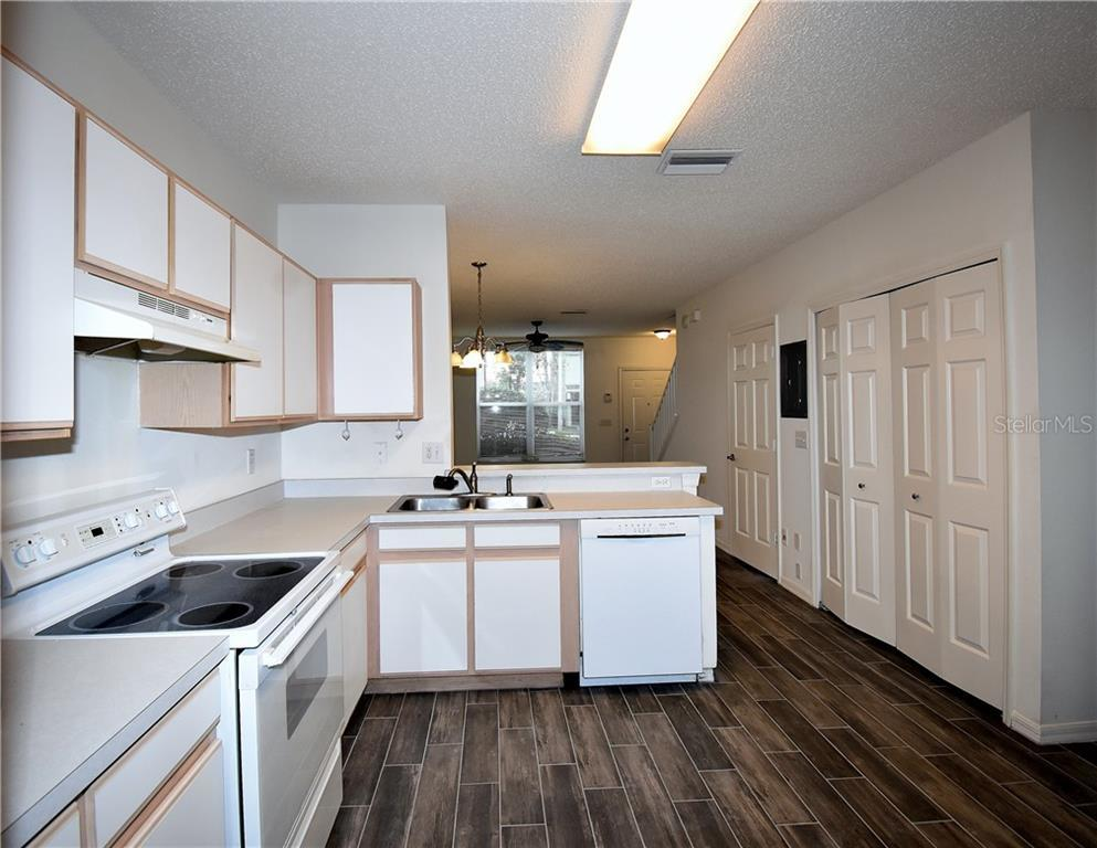 Leased   6559 OSPREY LAKE CIRCLE RIVERVIEW, FL 33578 3