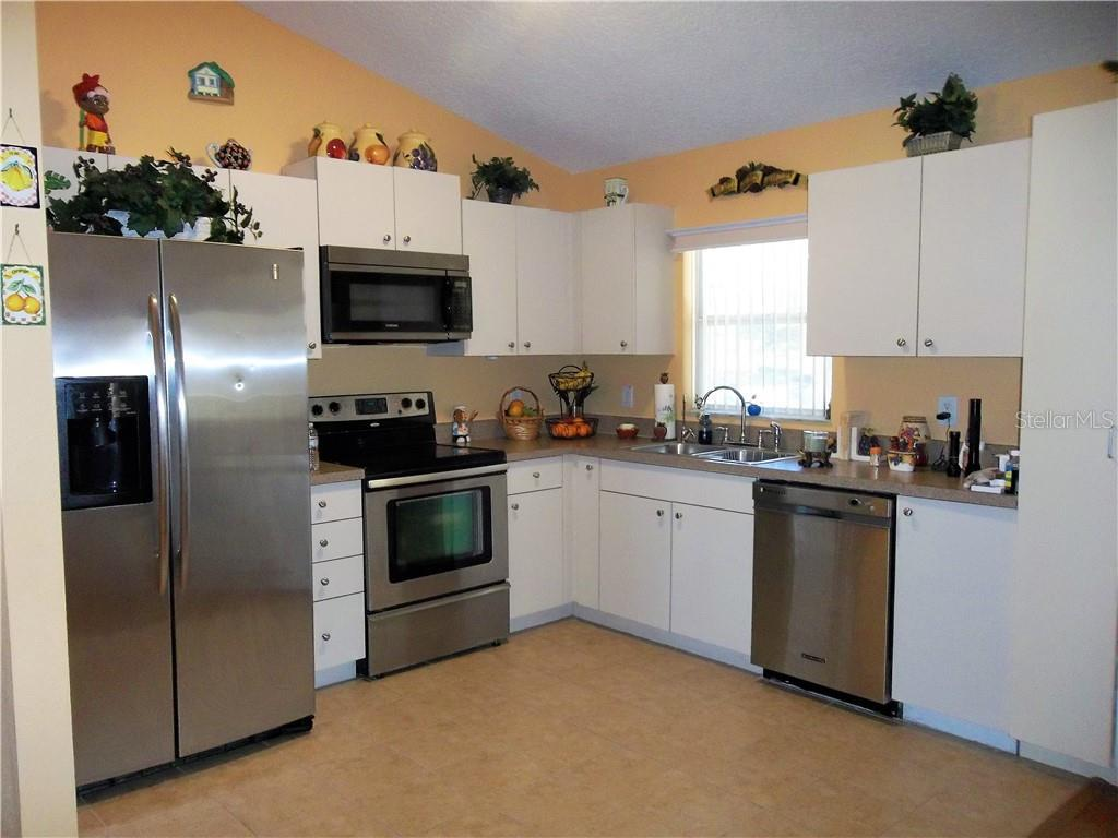 Sold Property | 32040 CROMWELL LANE WESLEY CHAPEL, FL 33543 3
