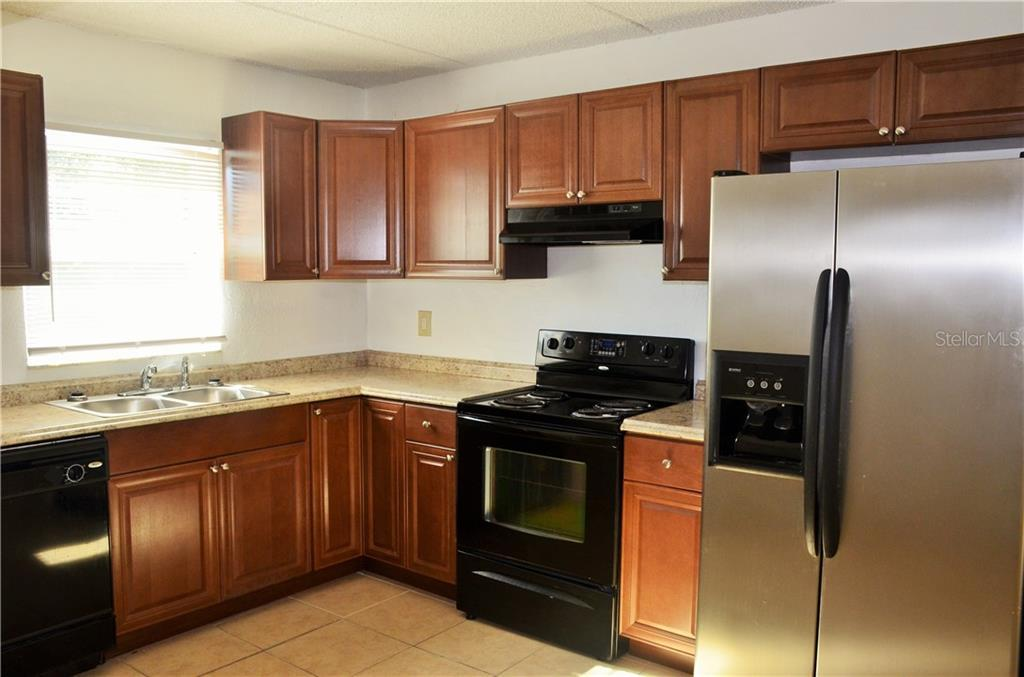 Leased | 2814 SOMERSET PARK DRIVE #203 TAMPA, FL 33613 1