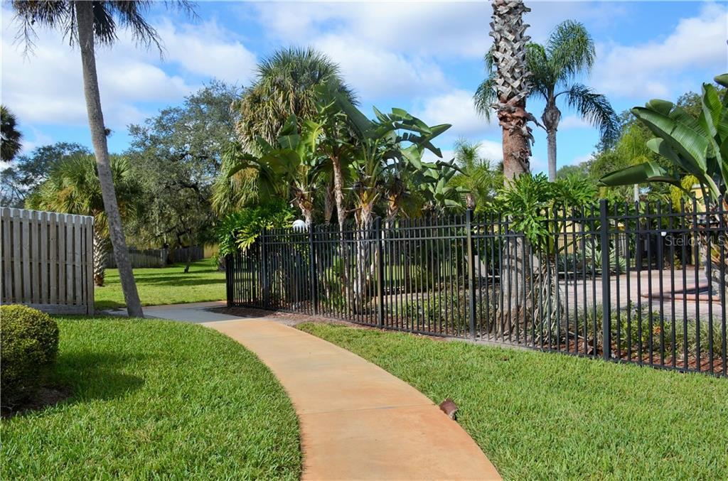Leased | 2814 SOMERSET PARK DRIVE #203 TAMPA, FL 33613 10