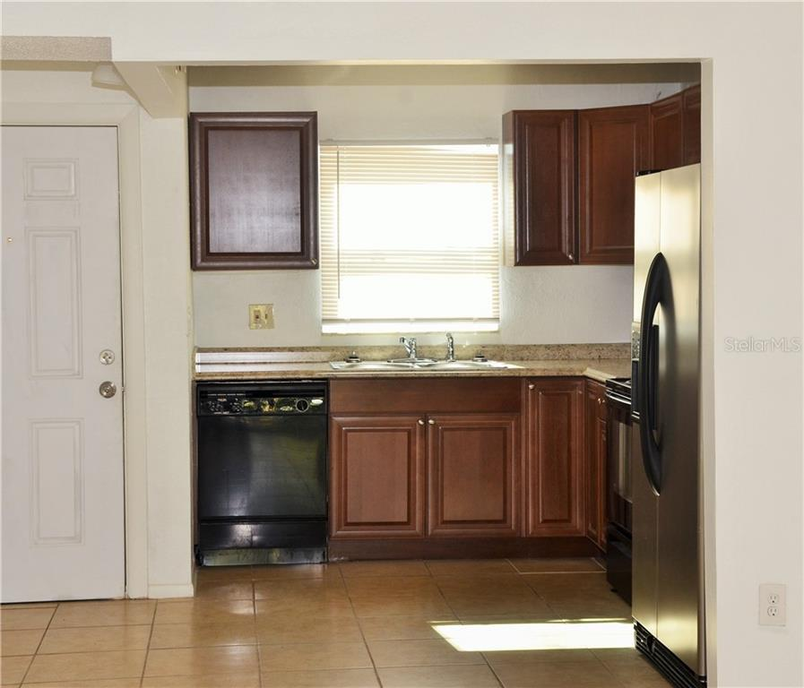 Leased | 2814 SOMERSET PARK DRIVE #203 TAMPA, FL 33613 2