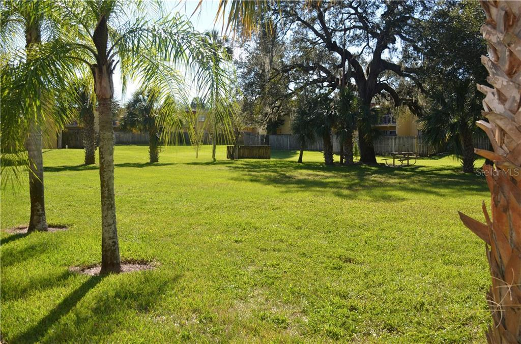 Leased | 2814 SOMERSET PARK DRIVE #203 TAMPA, FL 33613 9
