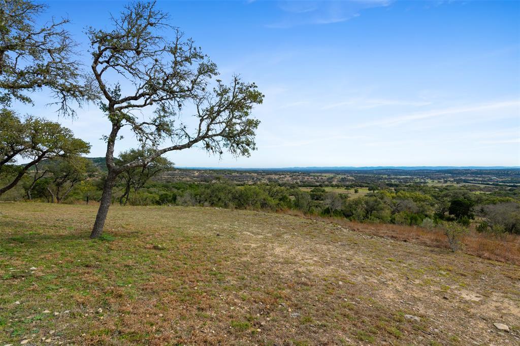 Active | 9810 State Highway 173  Bandera, TX 78003 35