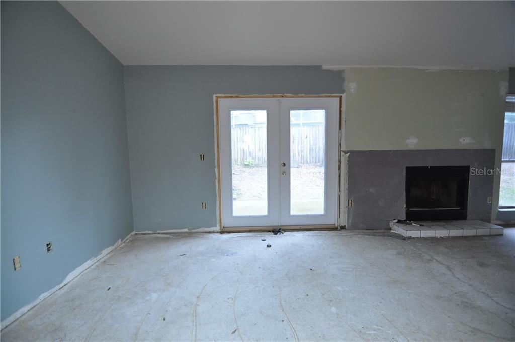 Sold Property | 1412 PINEY BRANCH CIRCLE VALRICO, FL 33594 5