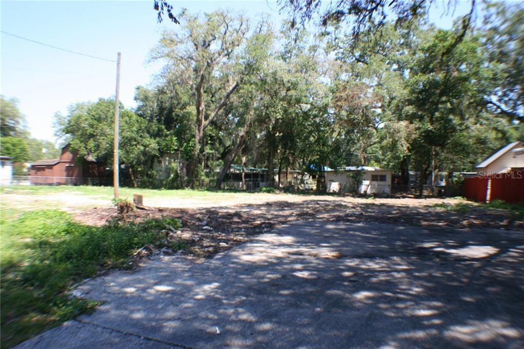 Sold Property | 10916 LEE STREET TAMPA, FL 33610 1