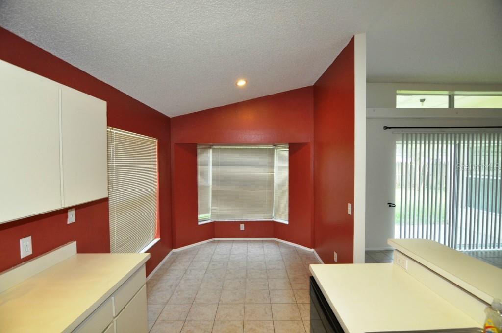 Sold Property | 1655 PORTSMOUTH LAKE DRIVE BRANDON, FL 33511 5
