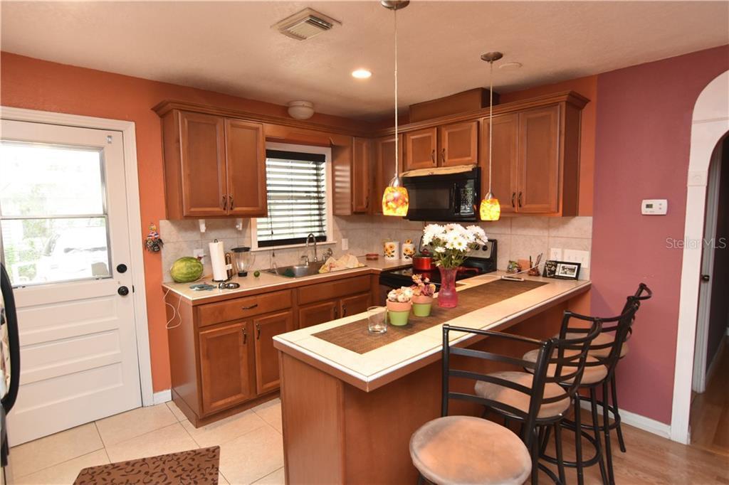 Sold Property | 8423 N BOULEVARD  TAMPA, FL 33604 2