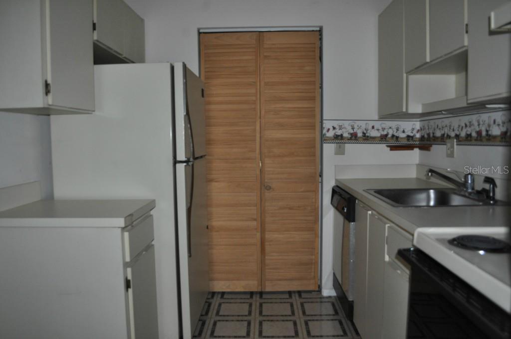 Sold Property   6010 LAKETREE LANE #K TEMPLE TERRACE, FL 33617 8