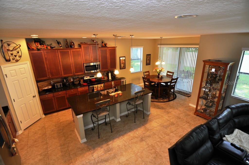 Sold Property | 1210 OAKCREST DRIVE BRANDON, FL 33510 3
