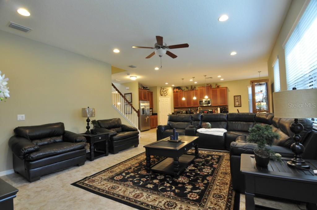 Sold Property | 1210 OAKCREST DRIVE BRANDON, FL 33510 8