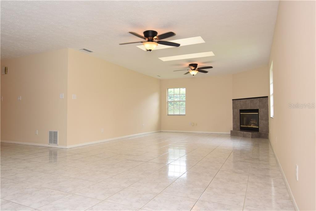 Sold Property | 15909 NORTHLAKE VILLAGE DRIVE ODESSA, FL 33556 11