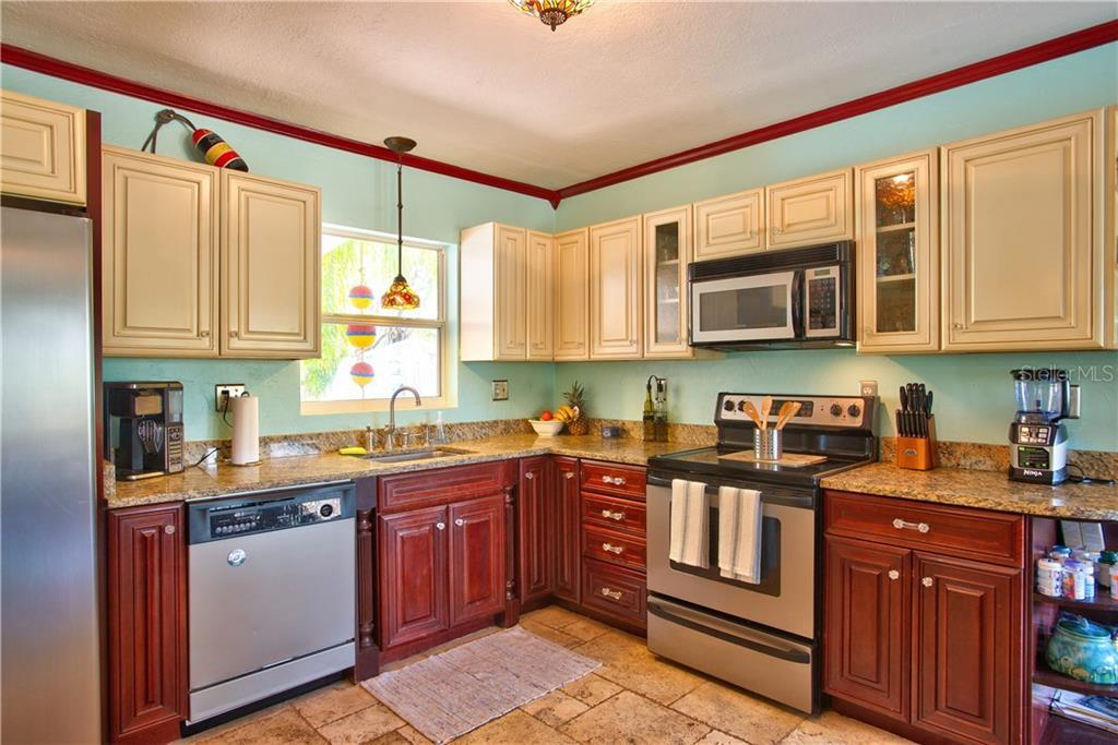 Sold Property   7990 52ND STREET PINELLAS PARK, FL 33781 5