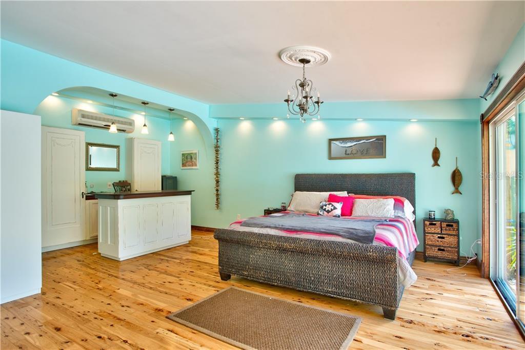 Sold Property   7990 52ND STREET PINELLAS PARK, FL 33781 6