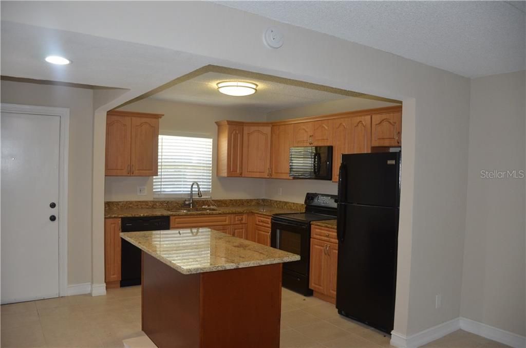 Leased | 14421 AMERICANA CIRCLE #102 TAMPA, FL 33613 2