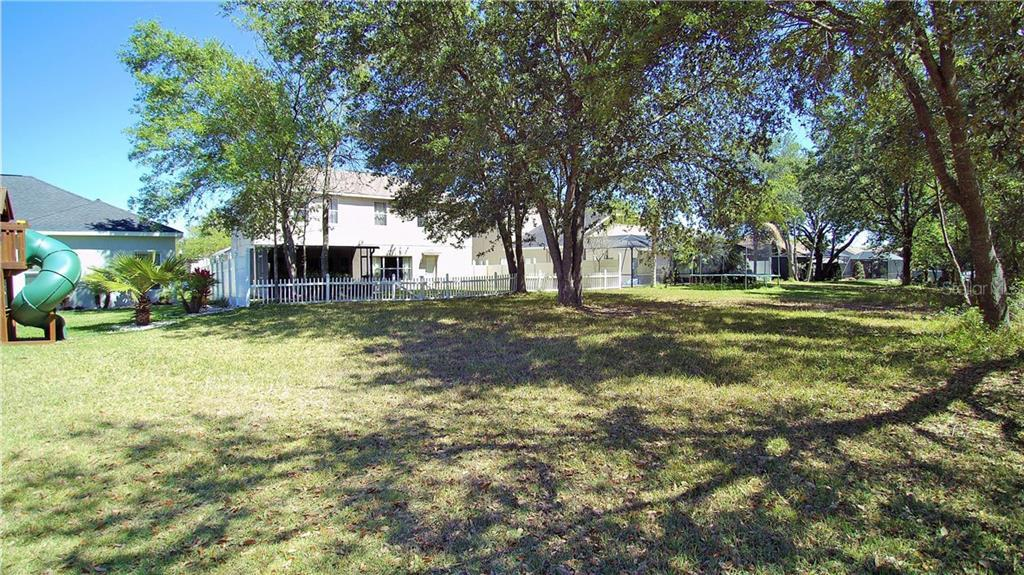 Sold Property | 1405 EMERALD HILL WAY VALRICO, FL 33594 11