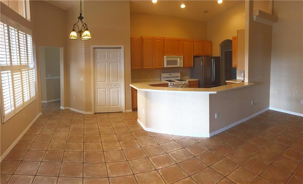 Sold Property | 8513 PARROTS LANDING DRIVE TAMPA, FL 33647 3