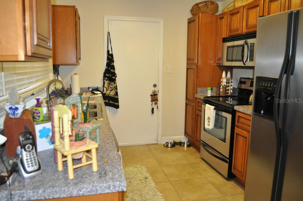 Sold Property | 6214 GREENLEAF LANE TEMPLE TERRACE, FL 33617 3