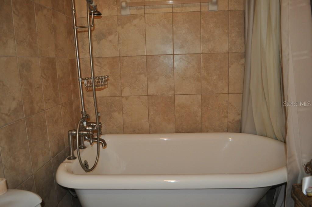 Sold Property | 6214 GREENLEAF LANE TEMPLE TERRACE, FL 33617 9