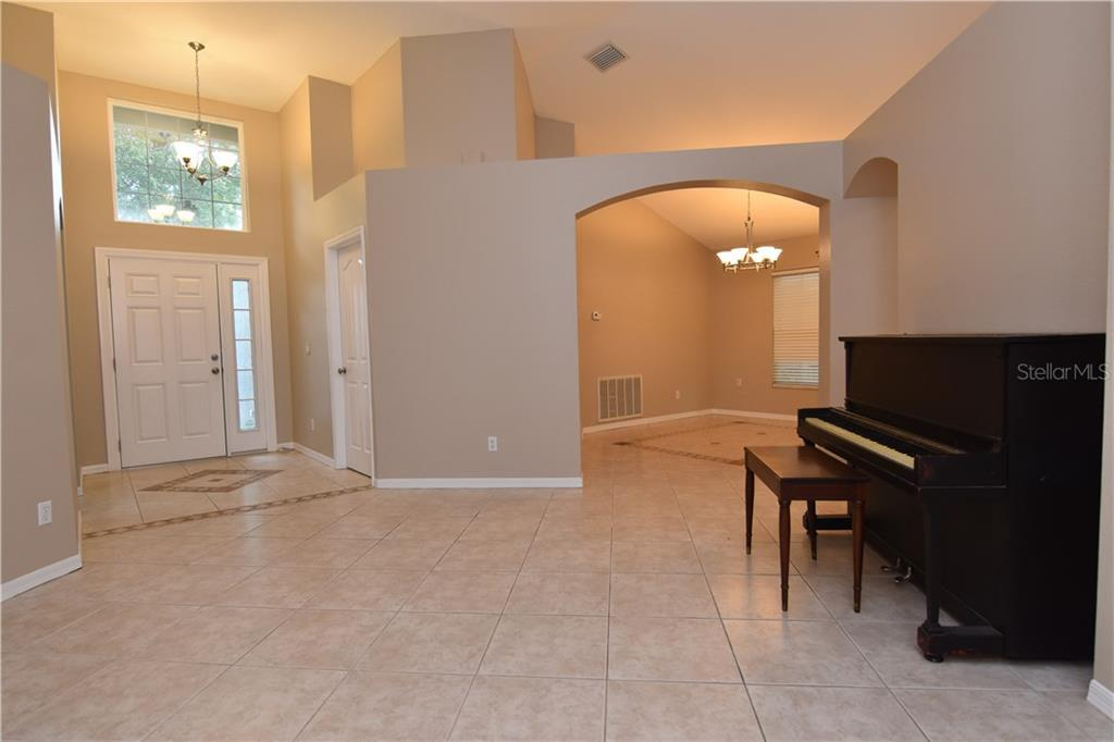 Sold Property | 1404 COMPTON STREET BRANDON, FL 33511 3