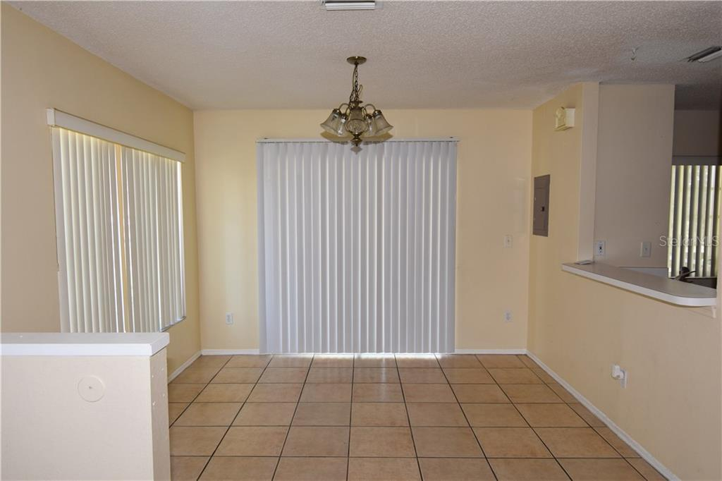 Sold Property | 1670 FLUORSHIRE DRIVE BRANDON, FL 33511 2