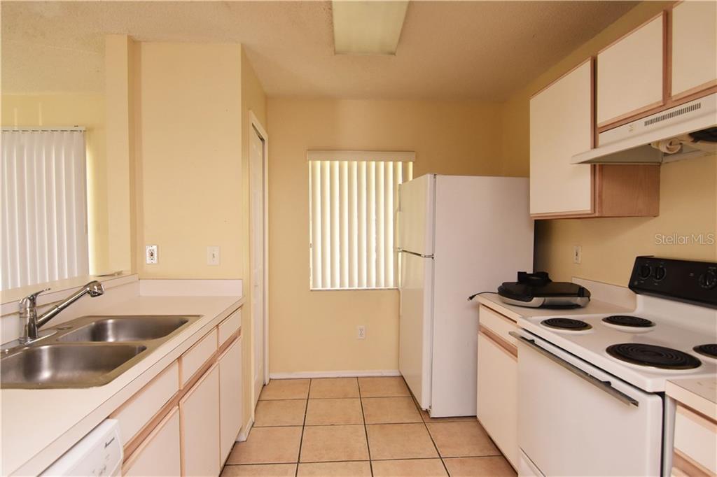 Sold Property | 1670 FLUORSHIRE DRIVE BRANDON, FL 33511 8