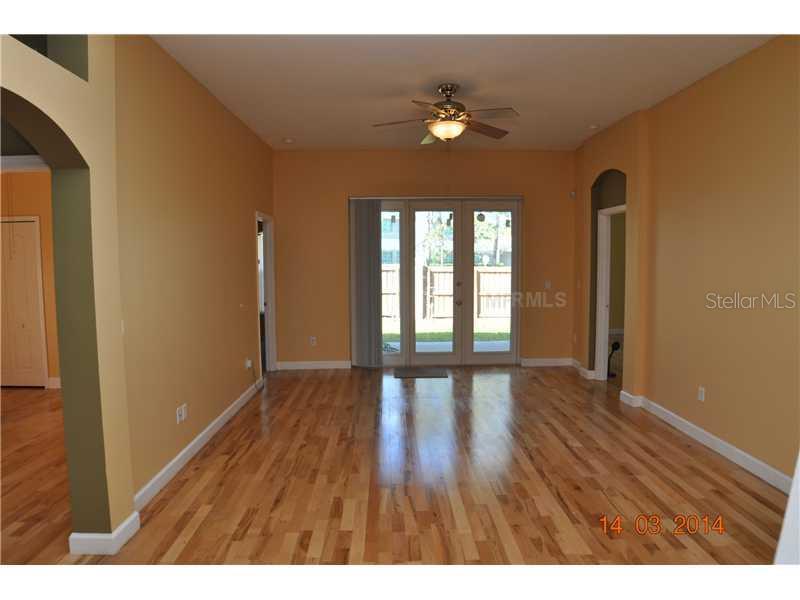 Leased | 422 HENDERSON AVENUE SEFFNER, FL 33584 3