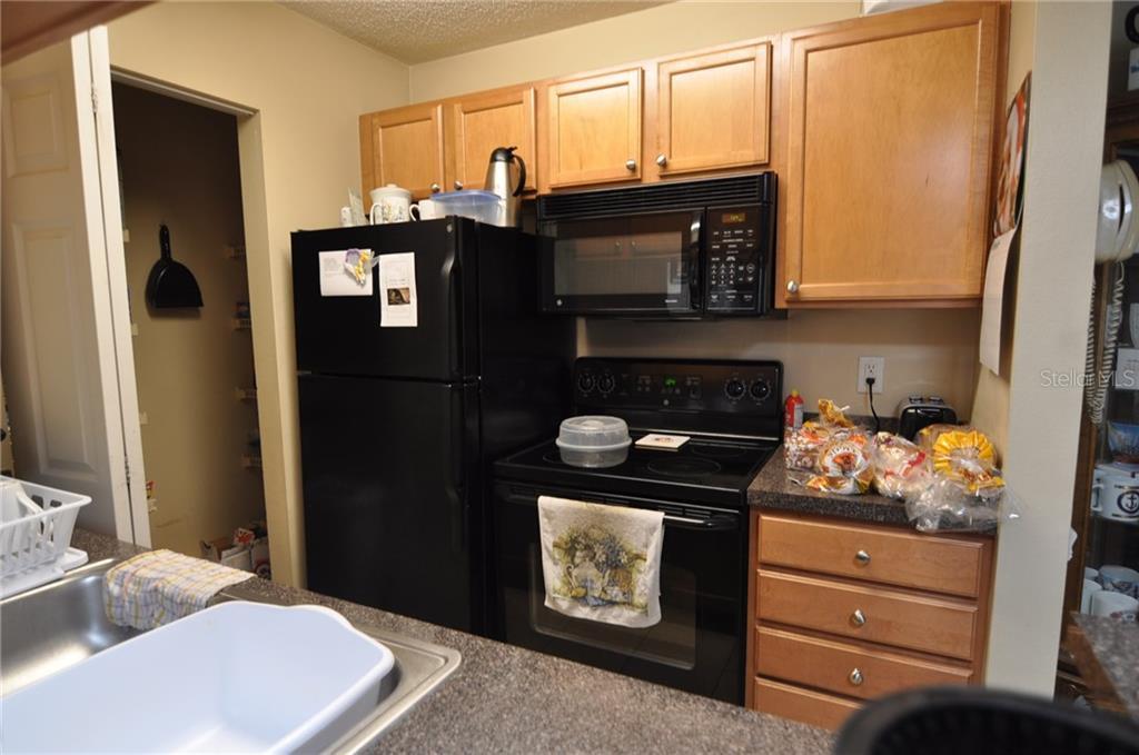 Sold Property | 314 LAKE PARSONS GREEN #104 BRANDON, FL 33511 3