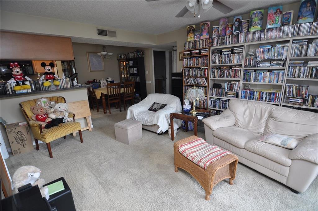 Sold Property | 314 LAKE PARSONS GREEN #104 BRANDON, FL 33511 5