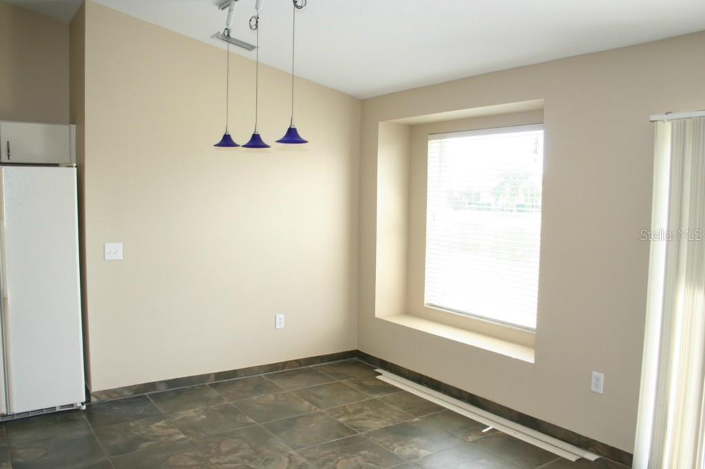 Sold Property | 1229 THACKERY WAY WESLEY CHAPEL, FL 33543 3
