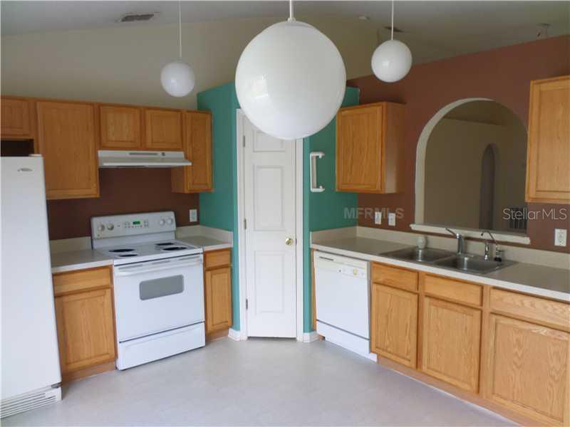 Sold Property | 11349 IVY FLOWER LOOP RIVERVIEW, FL 33578 3