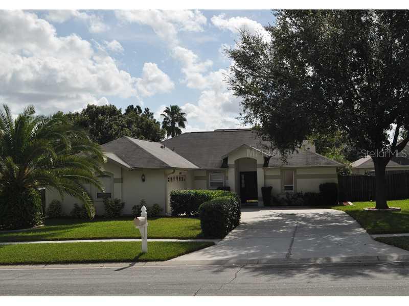Sold Property | 2027 ALAFIA OAKS DRIVE VALRICO, FL 33596 0