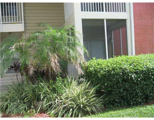 Sold Property | 221 LAKE BROOK CIRCLE #104 BRANDON, FL 33511 6
