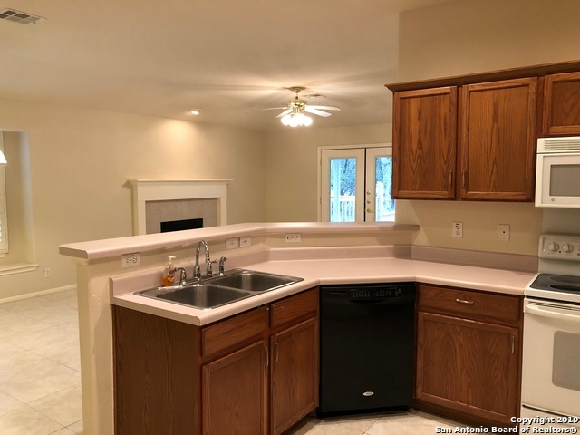 Property for Rent | 810 ENCHANTED ROCK  San Antonio, TX 78260 8