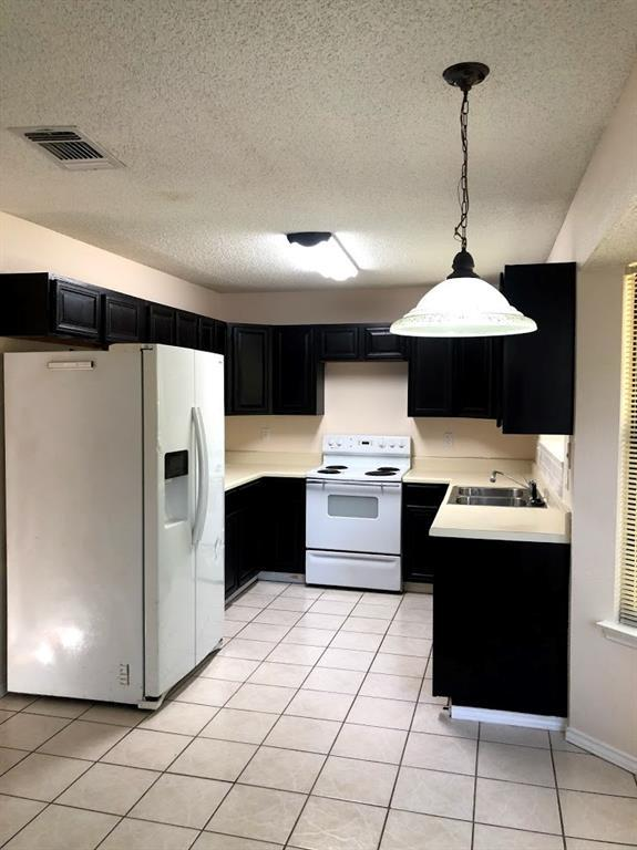 Off Market | 2202 Woodland Oaks Drive Arlington, TX 76013 7