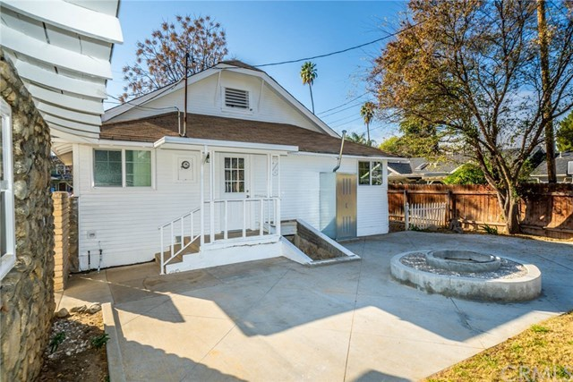 Closed | 3547 Washington Street Riverside, CA 92504 5