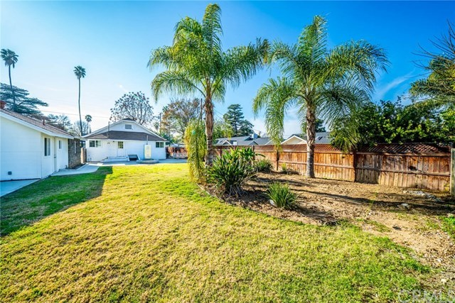 Closed | 3547 Washington Street Riverside, CA 92504 11