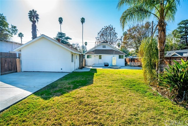 Closed | 3547 Washington Street Riverside, CA 92504 12