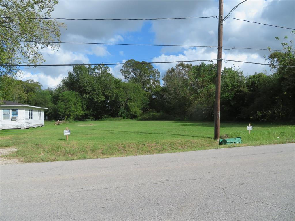Active | 8713 Brandon Street Houston, TX 77051 2